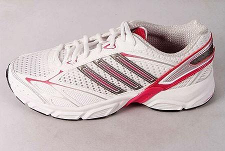 ADIDAS白色女子织物跑步鞋 G09362