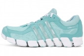 adidas Q33979 CC FreshRide Camo W 清风系列绿色女子跑步鞋