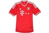 adidas Z25029 FCB H Jsy 拜仁慕尼黑系列红色男子圆领短袖T恤