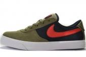 NIKE 442477-261 Mavrk Low 2 橄榄绿色男子休闲板鞋