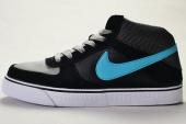 NIKE SB 386611-041  Mavrk Mid 2 黑灰色男子休闲板鞋