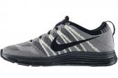NIKE 554887-107 Flyknit Lunar1+ 灰白色男子跑步鞋