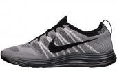 NIKE 554887-106 Flyknit Lunar1+ 黑白色男子跑步鞋