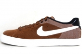 NIKE 616473-210 Court Tour Leather Prem 褐色男子休闲板鞋