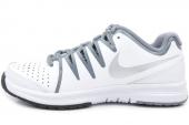 631713-100 Nike Wmns Vapor Court 白色女子网球鞋