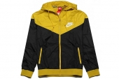 NIKE 544120-012  AS Windrunner 风行者黑黄色男子夹克