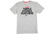 611249-063 Nike Triple Double Machine 詹姆斯灰色短袖T恤