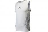 635704-101 Nike白色男子运动背心
