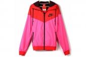 544120-639 Nike AS Windrunner 风行者红色男子梭织夹克