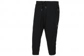F91843 adidas黑色女子运动七分裤