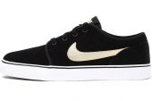 555270-021 Nike Toki Low Lthr 黑色男子休闲板鞋