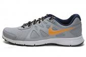 554954-036 Nike Revolution 2 msl 灰黄男子跑步鞋