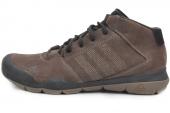 M22784 adidas Anzit Dlx Mid 棕色男子户外鞋