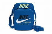 BA5900-480 Nike Air Heritage 2.0 Crossbody 宝蓝色单肩包